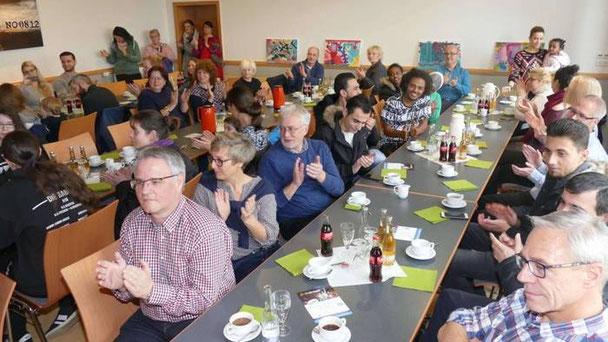 Beim Neubürgerfrühstück wurden Menschen willkommen geheißen, die in diesem Jahr nach Wartenberg gezogen sind.