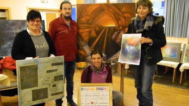 Doris Keipp, Thomas Schweiger, Sonja Güldner und Dr. Heide Küchler (von links) stellten gemeinsam aus.