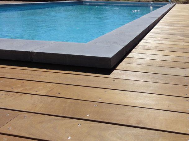 caillebotis bois sur mesure alpilles luberon piscines construction r novation entretien. Black Bedroom Furniture Sets. Home Design Ideas