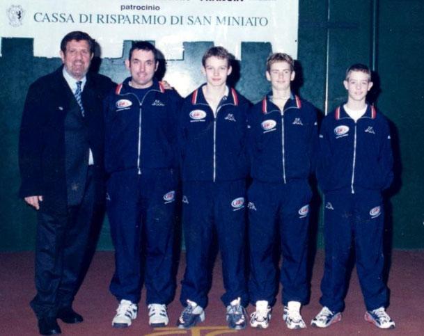 ANNO 2001 1° cl. GRAN BRETAGNA -  MURRAY ANDREW (2° da destra)