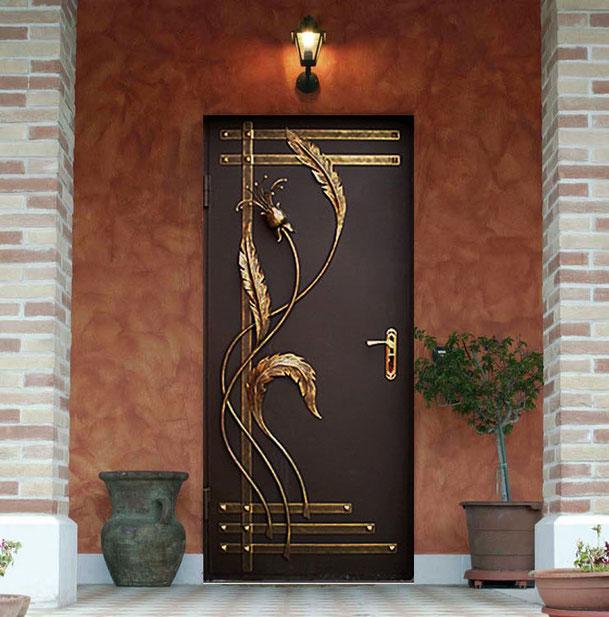 Металлическая дверь, ковка.