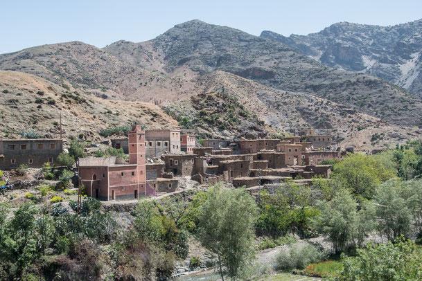 Villaggi berberi subito il Tizi n'Tichka