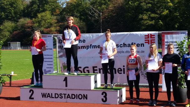 Katharina Schiele bei der Siegerehrung.