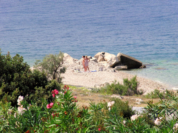 #povlja #islandbrac #wyspabrac #isolabrac #inselbrac #adriatic #sea #mare #meer #dalmatia #dalmazia #dalmatien #croatia #croazia #chorwacja #kroatien #apartmentspovlja #holidayapartments #vacation #vacanze #beachbody