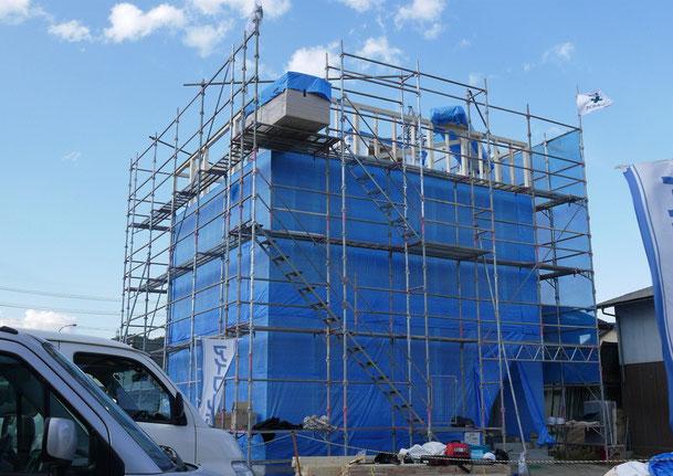 AVSA安曇野オフィス 耐震強度を高めたキューブ構造体の上棟 H25年05月03日