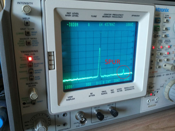 ICOM IC-7700 Spur on the spectrum analyzer