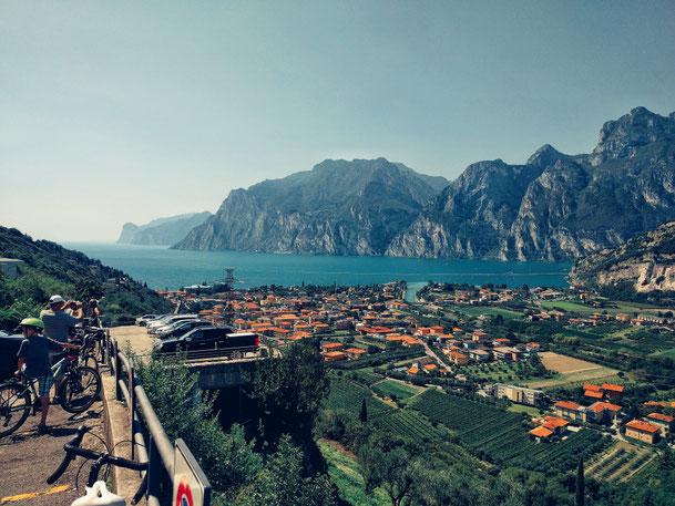 Toller Ausblick auf den Gardasee und die Berge rundherum