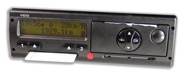Digitaler Tachograph von VDO, mit Fahrerkarte und Drucker