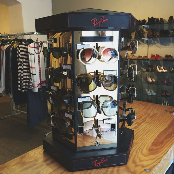 Our #new #vintage #luxury #sunglasses from #brands like #christiandior #rayban #tedlapidus #saphire or #carerra 🕶👓🕶👓🕶 #60s #70s #80s #90s
