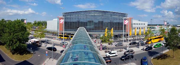 Halle 219, Flughafenterminal,| Fotos: Flughafen Dresden GmbH, Michael Weimer | IG Luftfahrt Dresden, Brigitte Otto