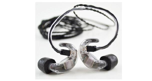 高音質で耳にフィット!新形状イヤフォン、BlueGear CS-2発売