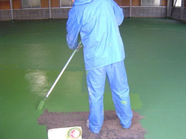 2液形ウレタン樹脂塗料中塗り
