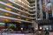 Puerto Madero ... das neue, riesige Hilton setzt für Buenos Aires neue Masstäbe. Wer hier logiert spürt vom Herzen der Stadt wohl wenig bis nichts.