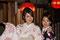 Quartier Gion- zwei junge Frauen im traditionellen Gewand