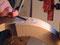 Das Stechen des Wirbelkastens erfolgt am Anfang mit Hohleisen, dann ...