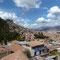 Vue générale de Cusco; la ville grimpe sur les collines