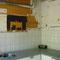 Keuken, kastjes en afzuigkap verwijderd