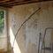 Slaapkamer boven, behang verwijderd en aanleg nieuwe leidingen