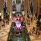 Blumenpracht und Wasserspiel in einer Hotelanlage in Las Vegas
