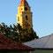 der überall sichtbare Turm der Kirche San Francisco de Asis