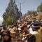 Aglomeración en la subida al calvario de la Virgen de Urkupiña
