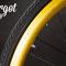 Dettaglio dell'anodizzazione in color oro del cerchio della bicicletta fissa Eldorado