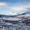 atemberaubende weiße Landschaft in finnisch Lappland