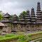 Der Tempel von Mengwi, Pura Taman Ayun. Soll einer der schönstgelegenen Tempelanlagen Balis sein.