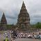 Yogyakarta. Prambanan, am 27. Mai 2006 wurde die Tempelanlage durch ein starkes Erdbeben schwer beschädigt.