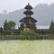 Der Pura Ulun Danu Bratan Tempel ist auch trotz Gewitter schön. Morgen ist sicher wieder schönes Wetter.