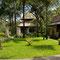 Sanur Beach Bali. Auch hier wieder tolle Hotel Gartenanlagen.