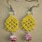 """orecchini in macramé """"PIZZI"""" - materiale: cotone con perle di vetro. Venduti"""