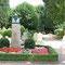 Kloster Corvey: Das Grab Hoffmanns von Fallersleben