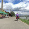 Wieder geht es am Rhein entlang. Eine ehemalige Ziegelei lädt zur Rast.