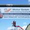 Banner aus Netzgittergewebe (Mesh) für geringere Windlast