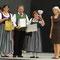 """Eurofolk Italia"" 18. - 21.07.2013 - Abschlussveranstaltung: v.l.n.r. Christina Hartlieb, Arūnas Pečiulis, Renate Harant, Bürgermeisterin von Chianciano Terme"