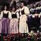Waldorfer Sängerinnen beim Hellbrunner Volksliedsingen, 1986