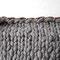 Strick-Filzkissen aus Schafsschurwolle grau 50 x 50 cm, Filzstoff aus 100% Merino-Wolle und Lederband 3 mm Dicke, 79 Euro