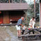 21. Juni 1988: Nach dem Saunabesuch und einem feinen Nachtessen heisst es für den Hausherrn H.U.Schwaar abwaschen!
