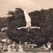 1958: H.U.Schwaar schafft als 1. Lehrer in der Schweiz ein Trampolin für die Schule an