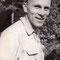 H.U.Schwaar 1950; Er trägt seine legendäre rote OL-Mütze