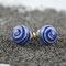 Weiss mit blau-glitzrigen Aventurin-Spiralen, ∅ ca. 9 mm