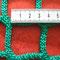 Netz 4,5cm: Maschenweite innen quer gemessen 3,3mm neu und liegend  gemessen / 4cm wenn das Netz gefüllt ist.