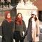 ランスの大聖堂の前で、翌年、日本に来られるフランス人とスイス人の奨学生と撮った写真。