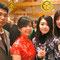 エペルネでの食事会にて。左から、日本からの奨学生、台湾からの奨学生、私、韓国人でアメリカのクラブから派遣された奨学生。