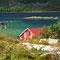 Endlich sind wir da! Die Wasserfarbe des Grøtfjord kann es mit der Karibik aufnehmen - die Wassertemperatur wohl eher nicht!
