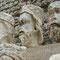 Les têtes des statues de Notre Dame