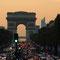 Gli Champs-Élysées e l'Arco di Trionfo