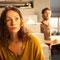 Filmstill: Adam beginnt sich für die seltsame Frau zu interessieren