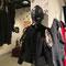三上鳩広さんの作品もオメガ出演しました、革でできた華奢ながら豪華な素敵なマスク